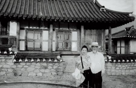 김원선 교도와 남편 안태휴 교수